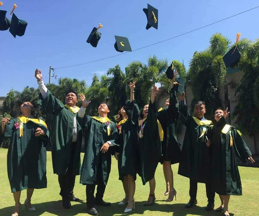 news-2 Magna Cum Laude Led the Batch 2019 Graduates ?>